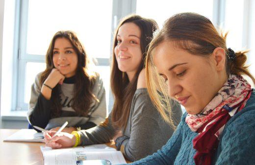 Learn-language-school